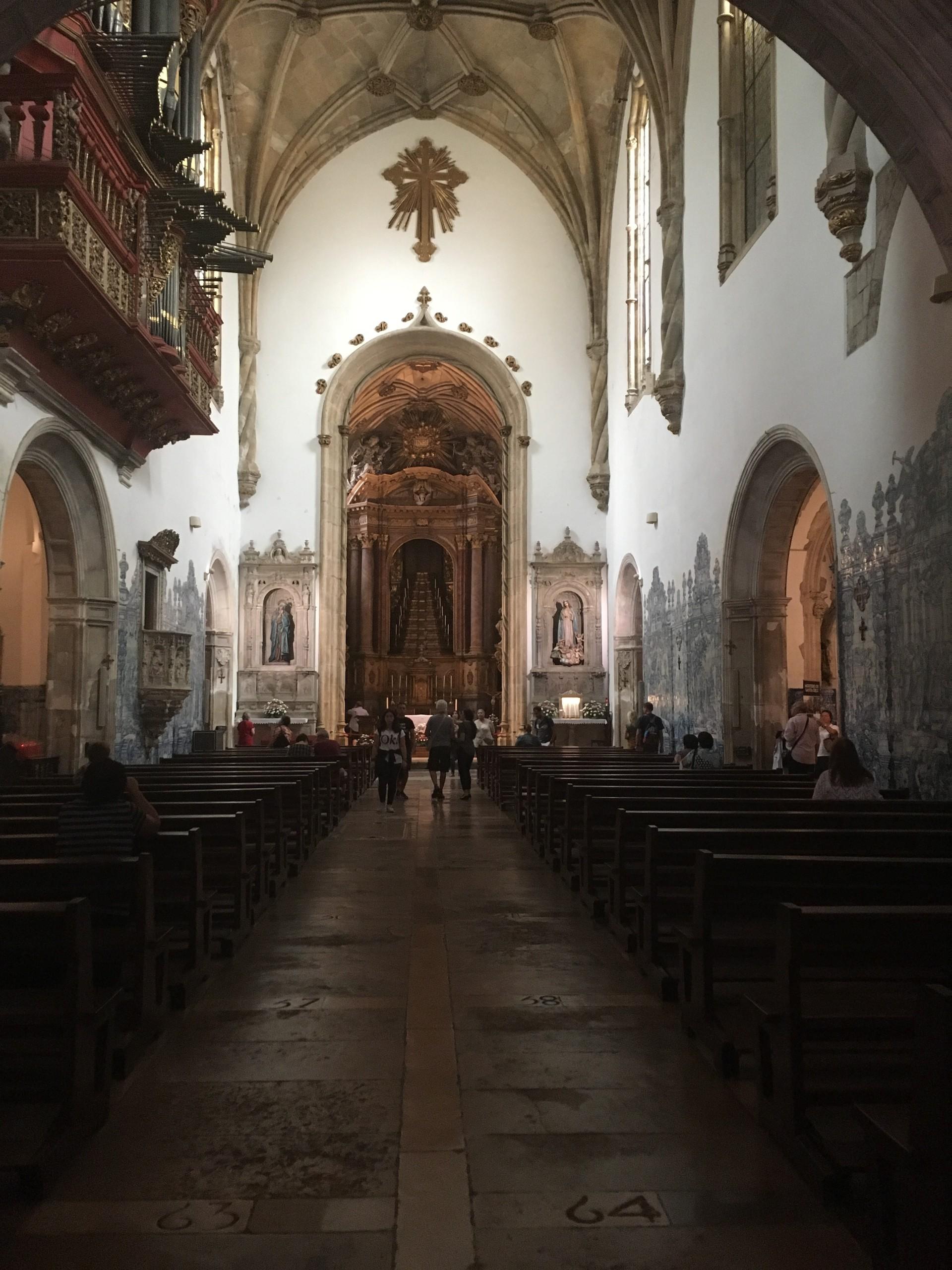one-stunning-churches-1f82a78d2d2b9cf7fd