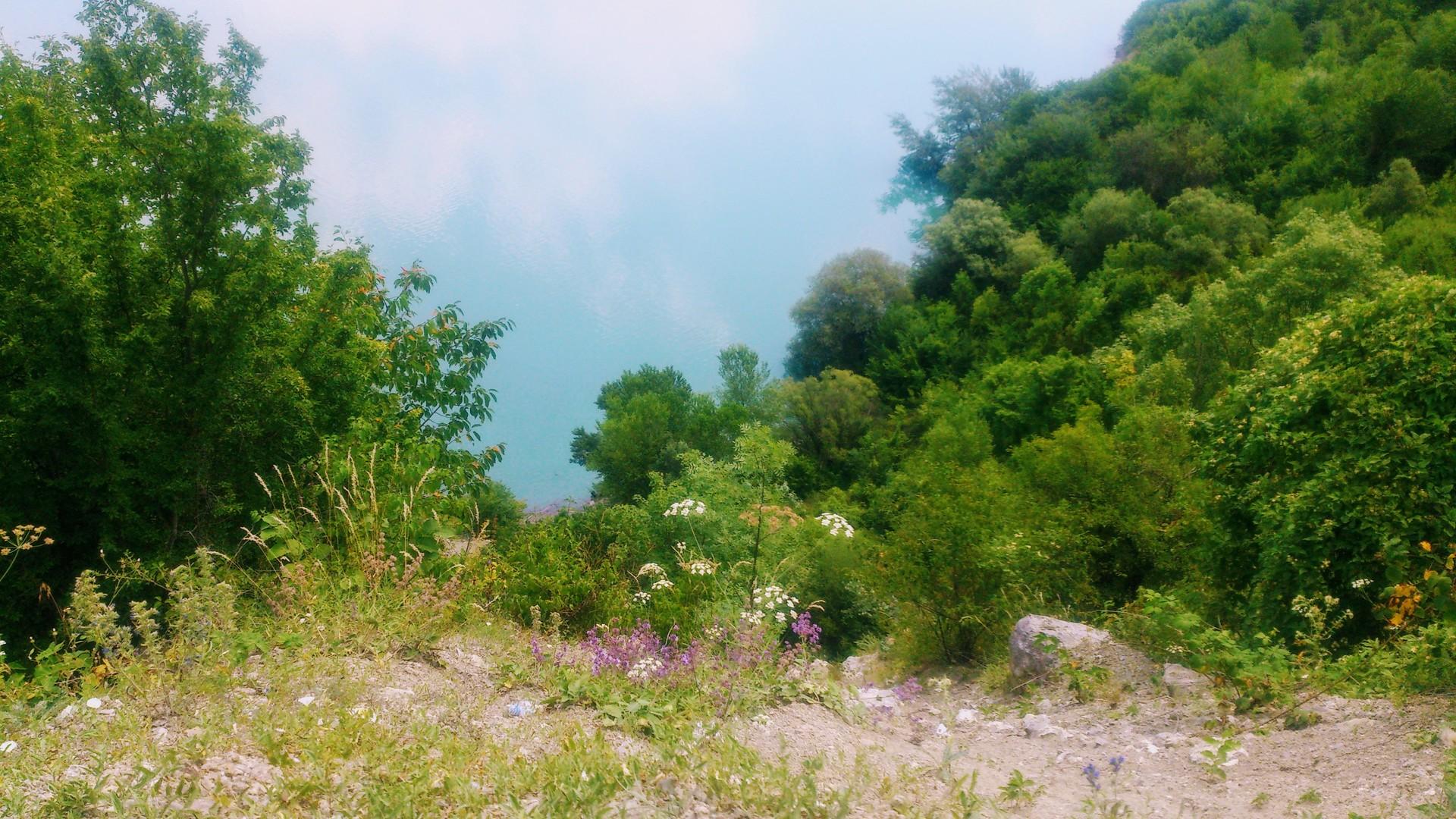 our-trip-kazbegi-_-zhinvali-dam-8696c887