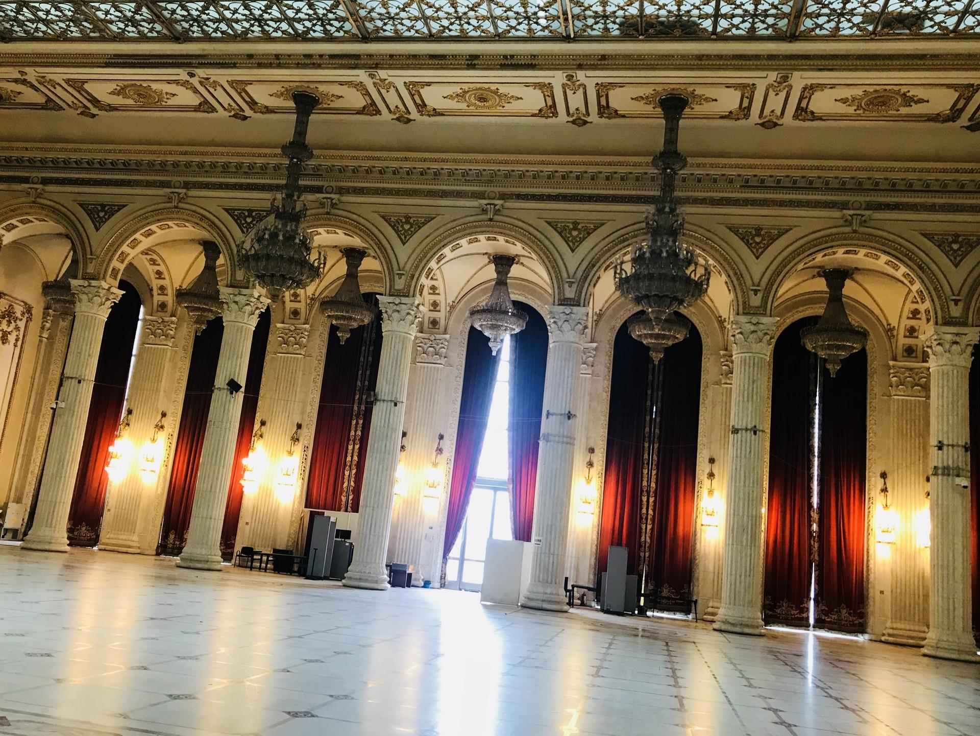 palazzo-parlamento-bucarest-662c893c2430