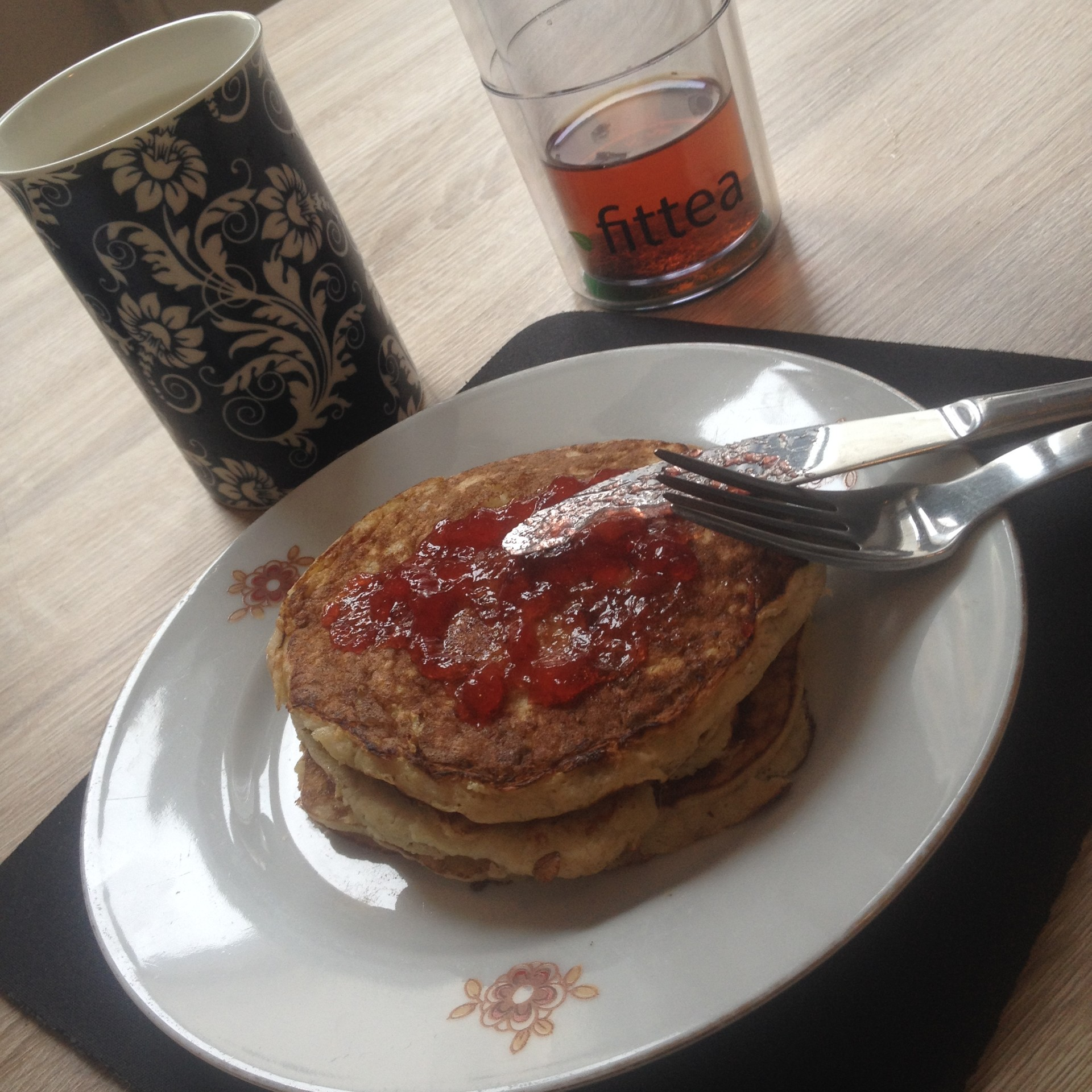 pancakes-platano-e725fa7362a84a8f0d0288c