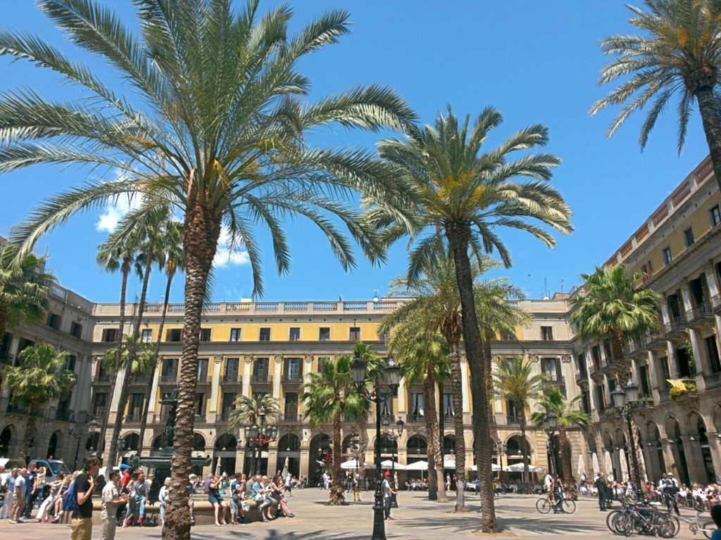 paradise-barcelona-5cc2ae70e71af05d1497d