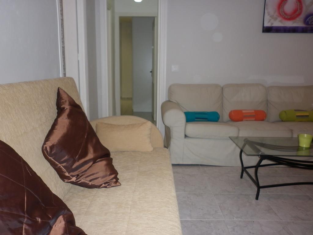 Particular alquila piso bajo muy soleado alquiler pisos c diz - Piso alquiler viladecans particular ...