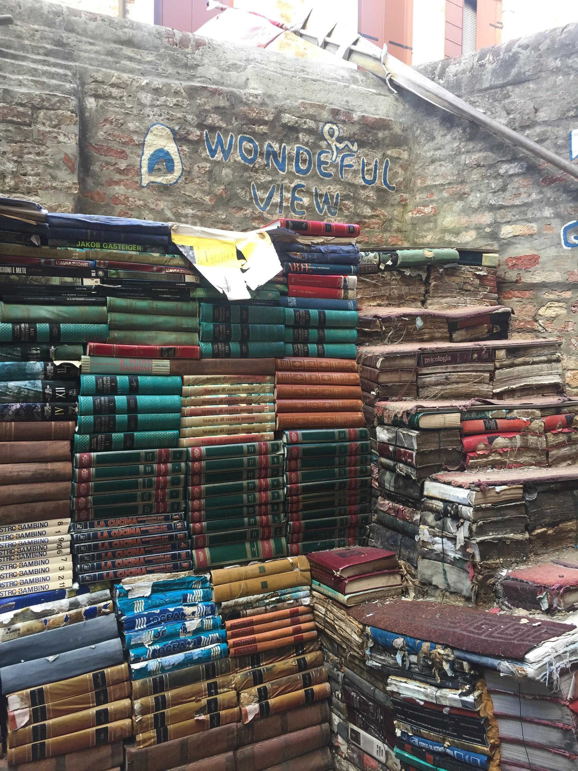 perdida-libros-acqua-alta-f56b29821a45a8