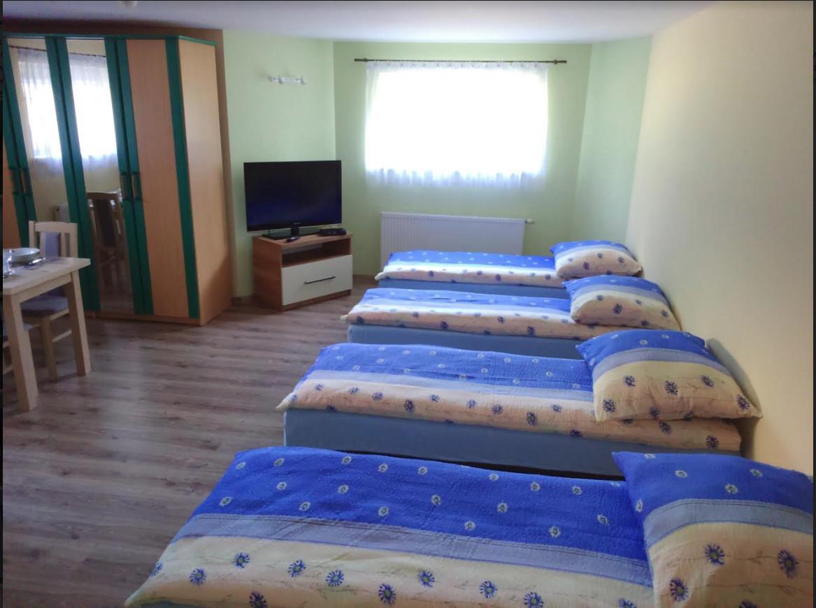 Habitación En Piso Compartido De 2 Habitaciones En Wroclaw