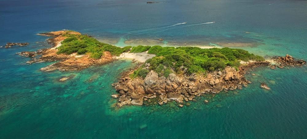 [تصویر:  pigeon-island-sri-lanka-6892ac8b22961778...f30f0e.jpg]