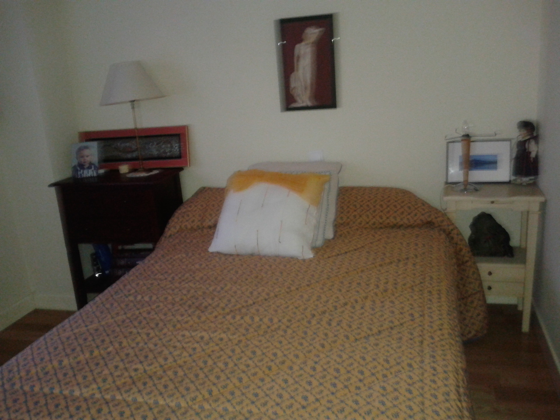 Pinar de chamartin habitaci n amplia y luminosa en piso for Alquilo habitacion amplia