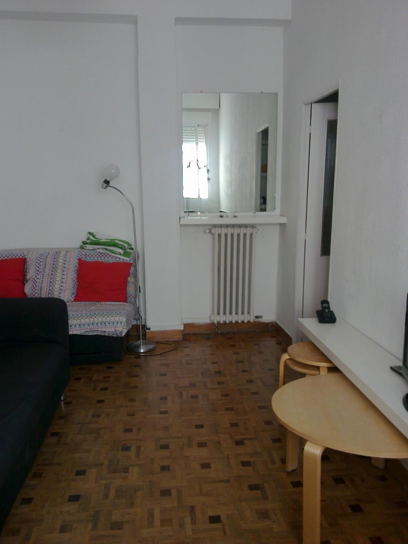 Piso 7 exterior con tres dormitorios en la calle toledo for Pisos de un dormitorio en madrid