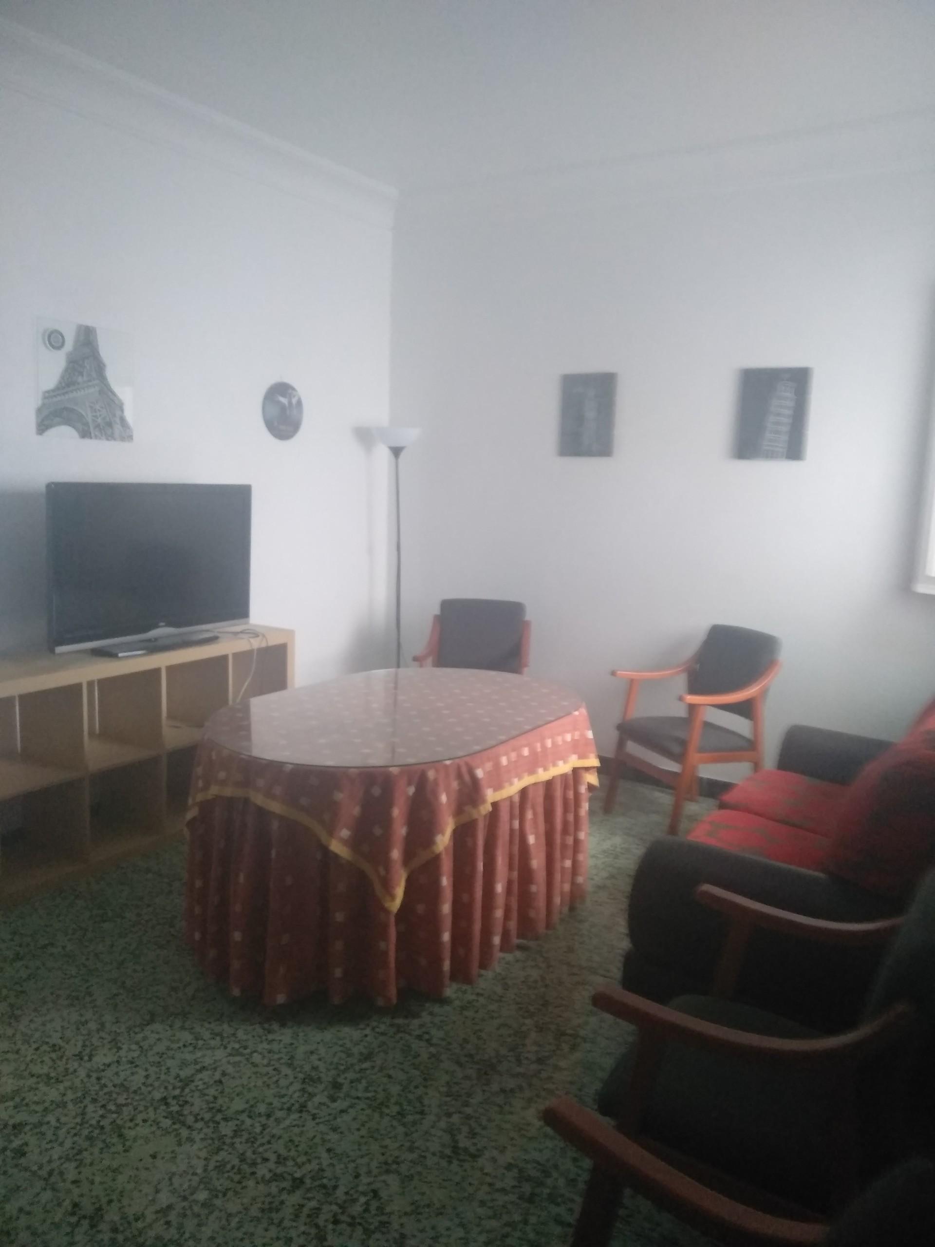 piso-amplio-soleado-centro-huelva-totalmente-amueblado-con-cocina-officce-salones-banos-amplias-habitac-b9b668501d91e9dd2968b417e5c73239