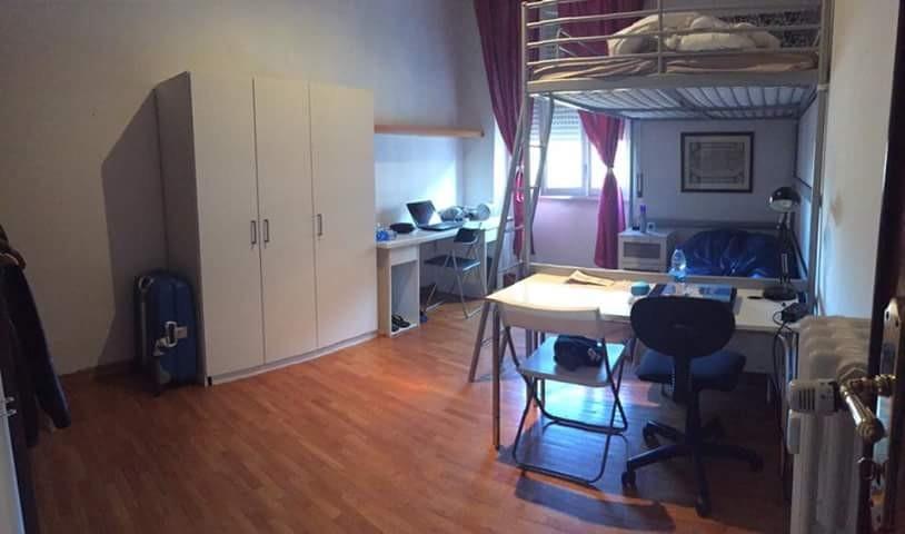 Piso amplio y soleado en el centro de roma en el barrio de san giovanni con calefacci n - Pisos de una habitacion ...
