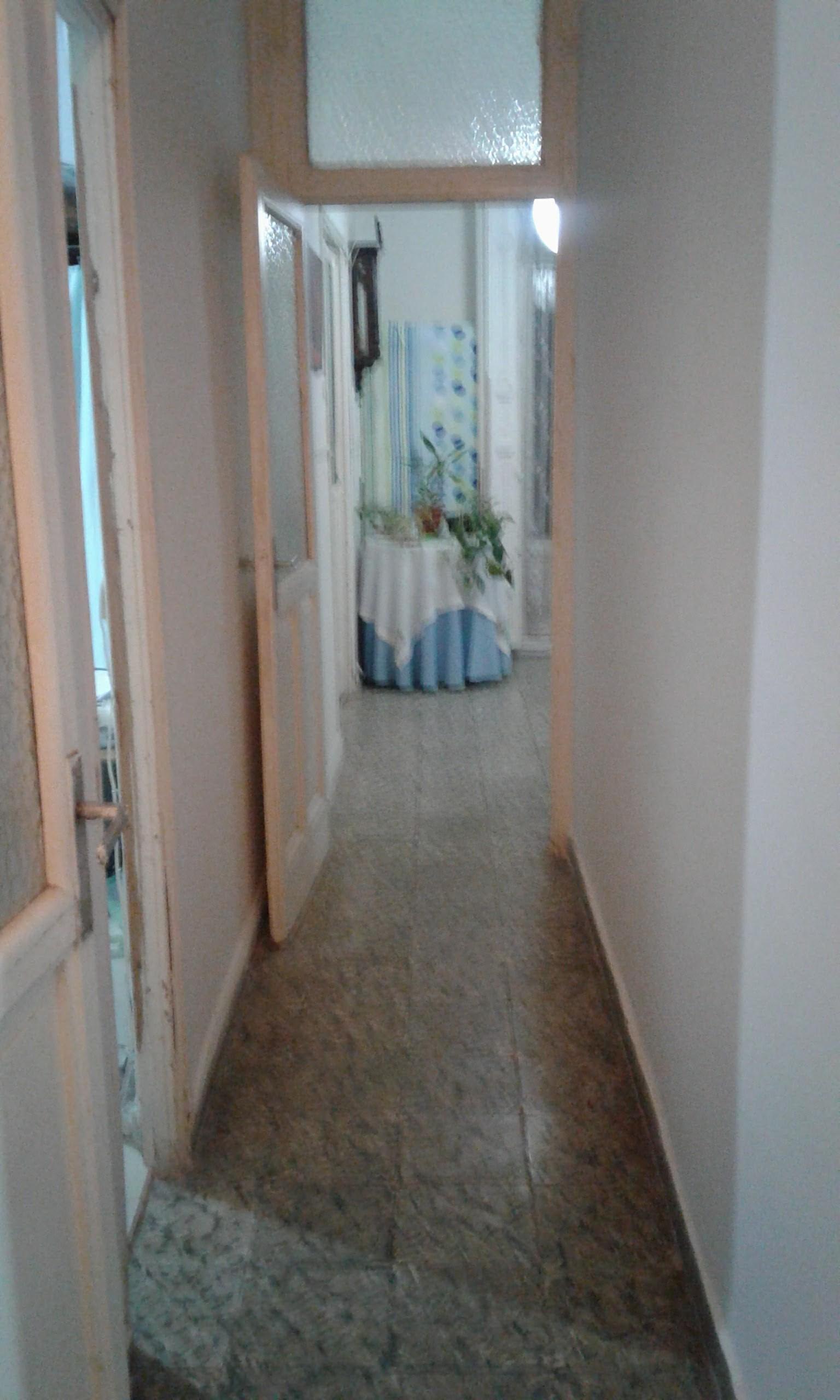piso antiguo bien conservado en pleno centro de madrid y