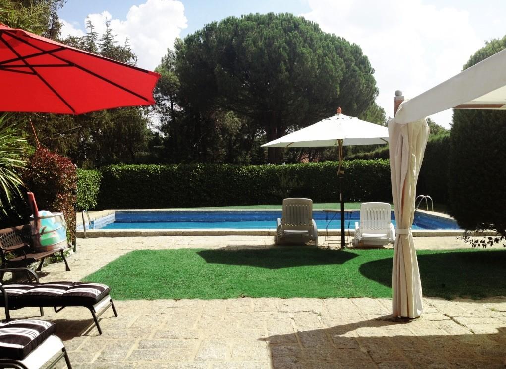 Piso de 200m2 con jard n y piscina privada cerca de madrid alquiler pisos madrid - Pisos con piscina en madrid ...