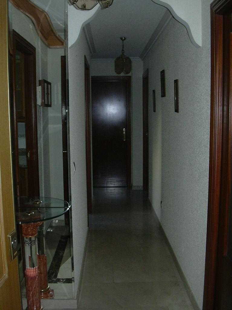 Piso de 3 habitaciones en alcala de henares muy cerca for Pisos universitarios madrid