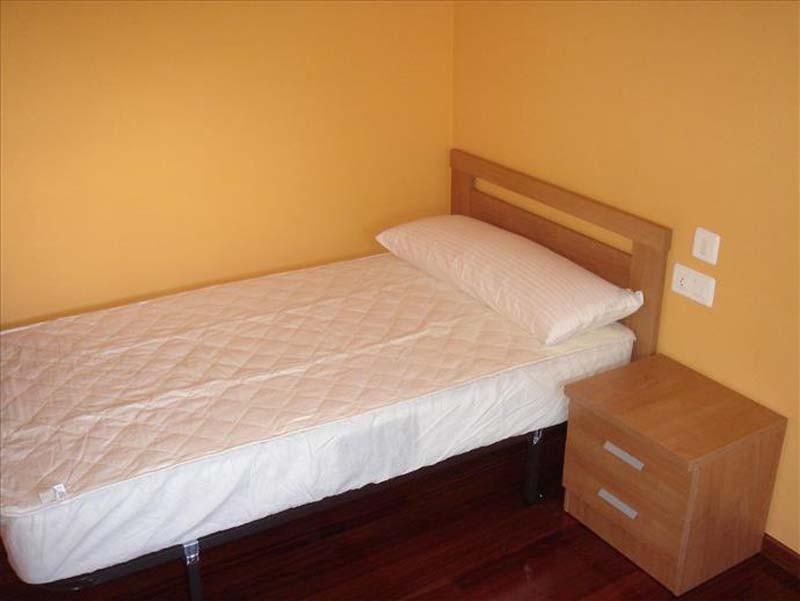 Piso De 4 Habitaciones Para Estudiantes En Vigo