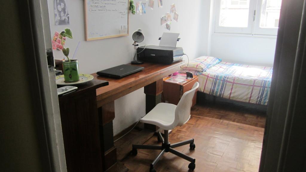 Piso en el centro de madrid en ambiente de estudio y for Pisos en el centro de madrid
