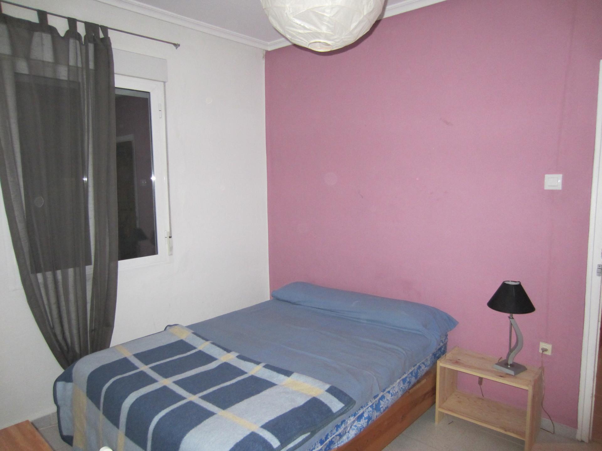 Habitaci n en piso cercano a uni y metro alquiler for Piso 4 dormitorios sevilla