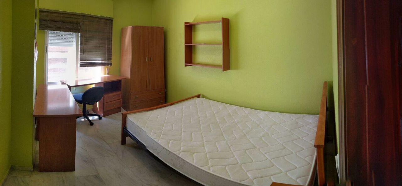 Piso de estudiantes en ciudad real centro alquiler for Compartir piso ciudad real