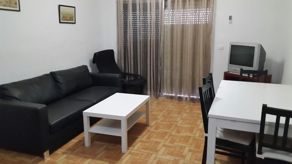piso para estudiantes zona reina mercedes alquiler