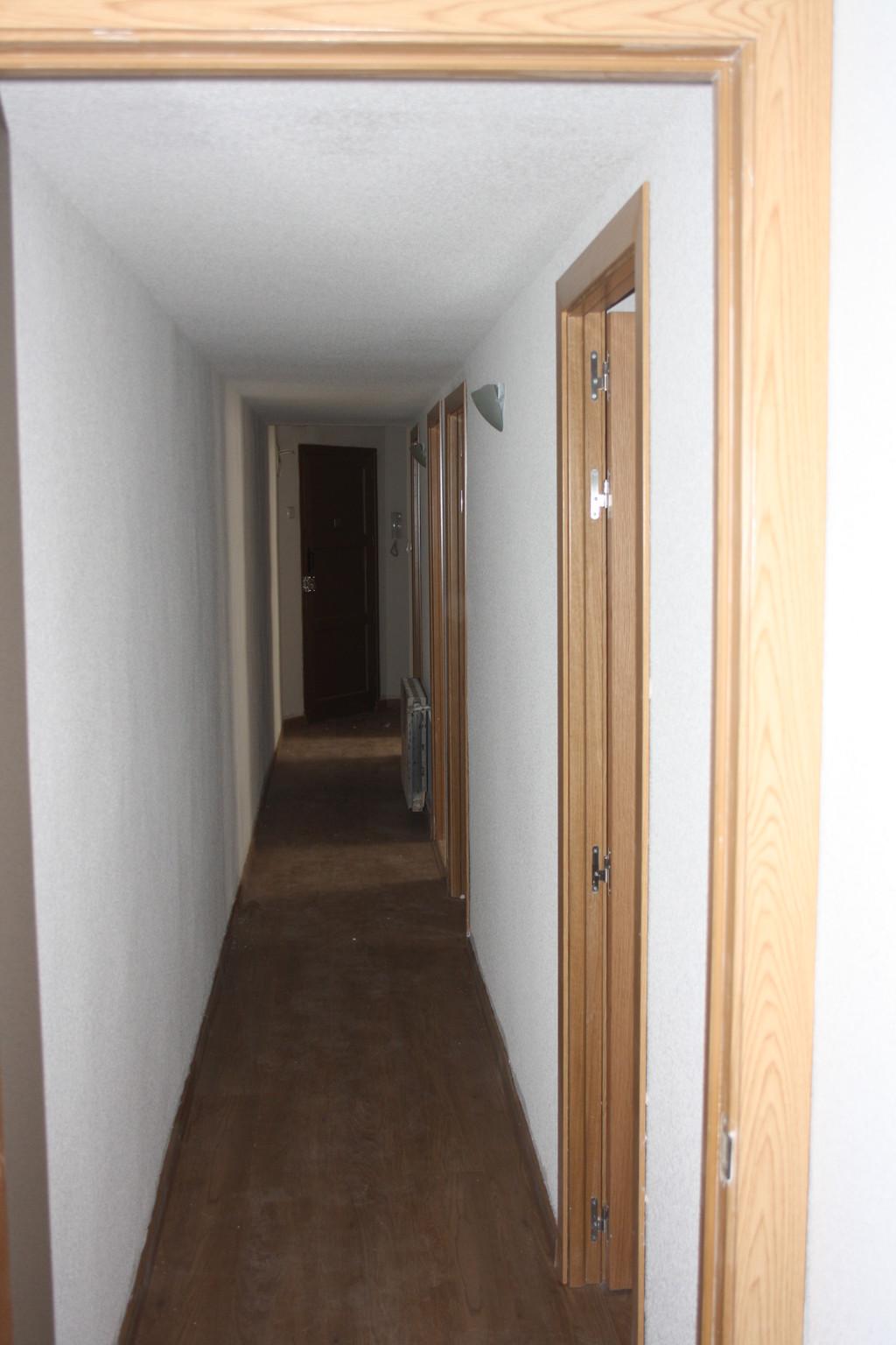 Piso recien reformado de 3 dormitorios en cuatro caminos for Alquiler piso cuatro caminos