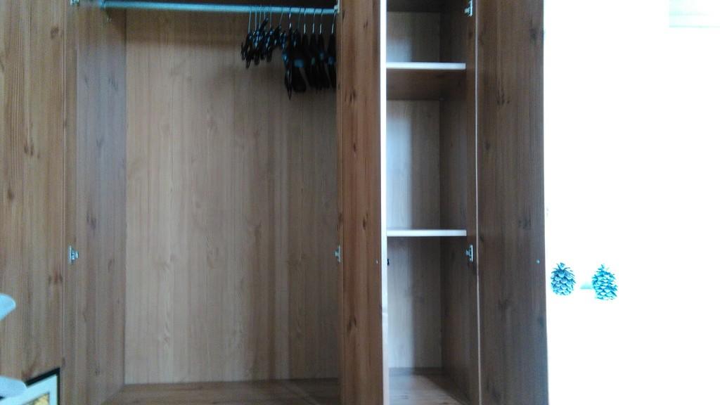Luminosa habitaci n en piso soleado muy c ntrico y bien for Pisos para alquilar en sevilla particulares