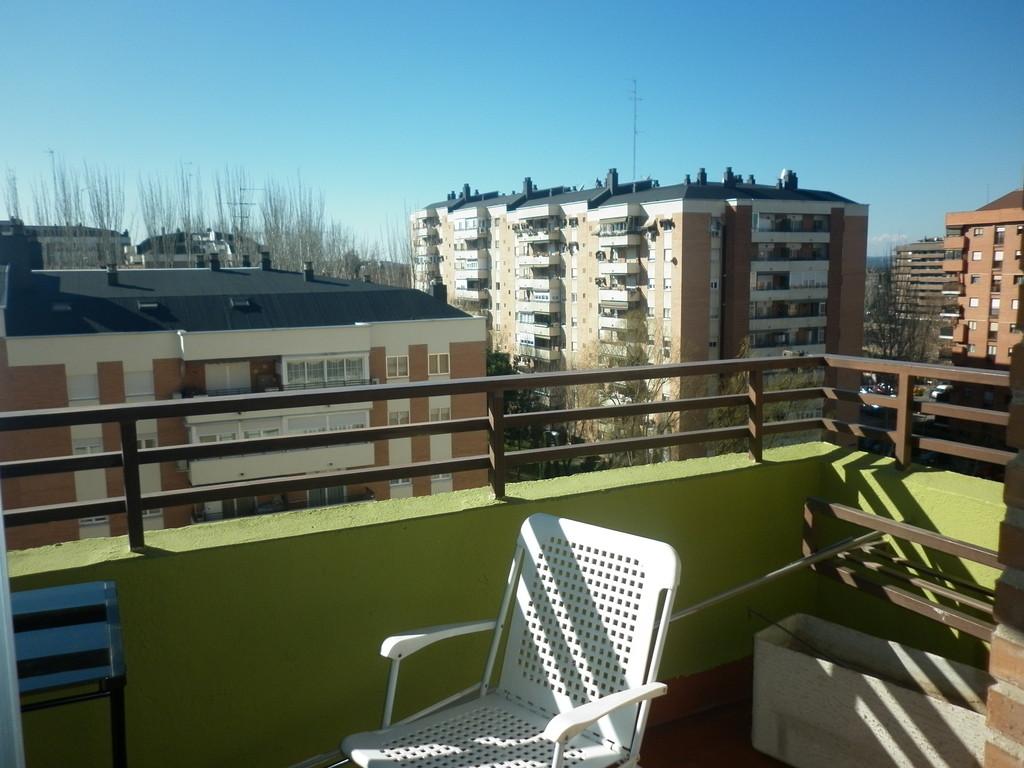 Piso muy soleado y amplio en zona norte de madrid - Pisos alquiler zona sur madrid ...