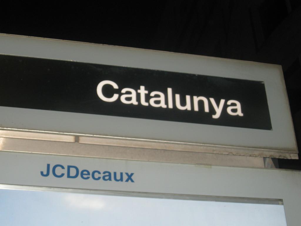 Plaça de Catalunya - eğlence gecesi!