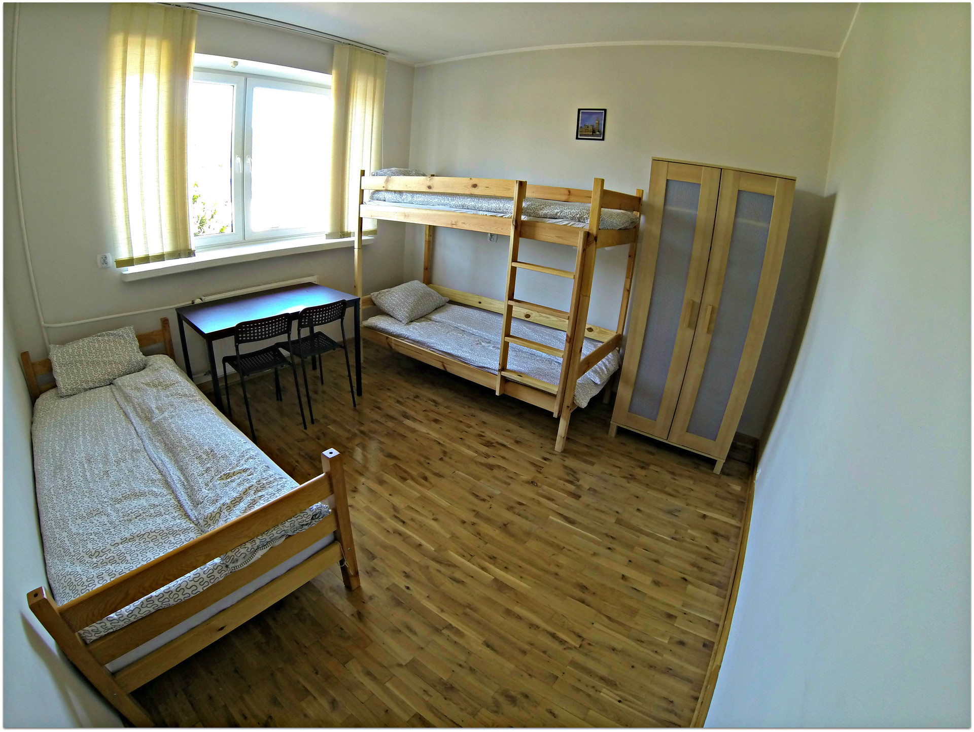 place-double-room-girl-13-min-centrum-f4de7d2553b794c8e22b3c6c23e4a0c6