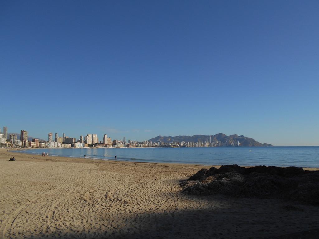 playa-de-poniente-de-benidorm-4ed0aedea3