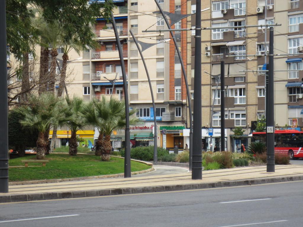 Plaza circular qu ver en murcia for Oficina correos murcia
