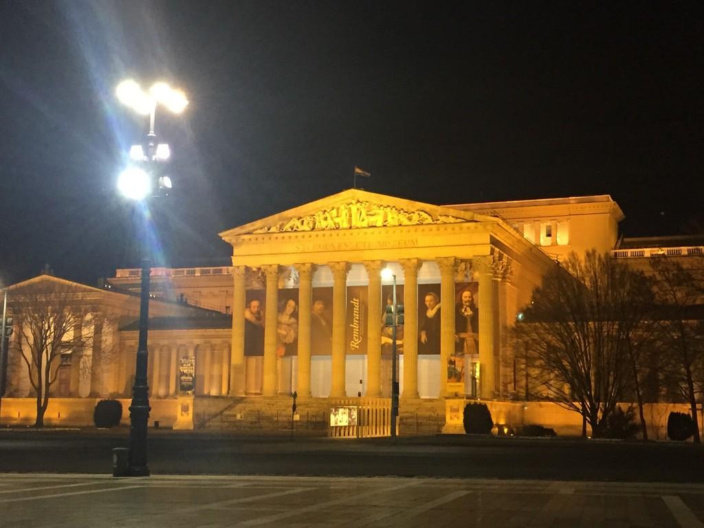 Plaza de los Héroes de Budapest