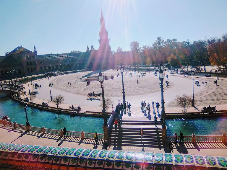 plaza-espan-wonderful-place-fdf5b64e89ec