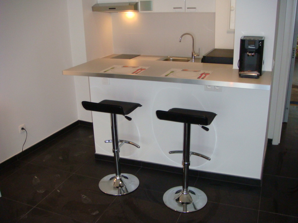 plusieurs-studios-meubles-de-standing-eu
