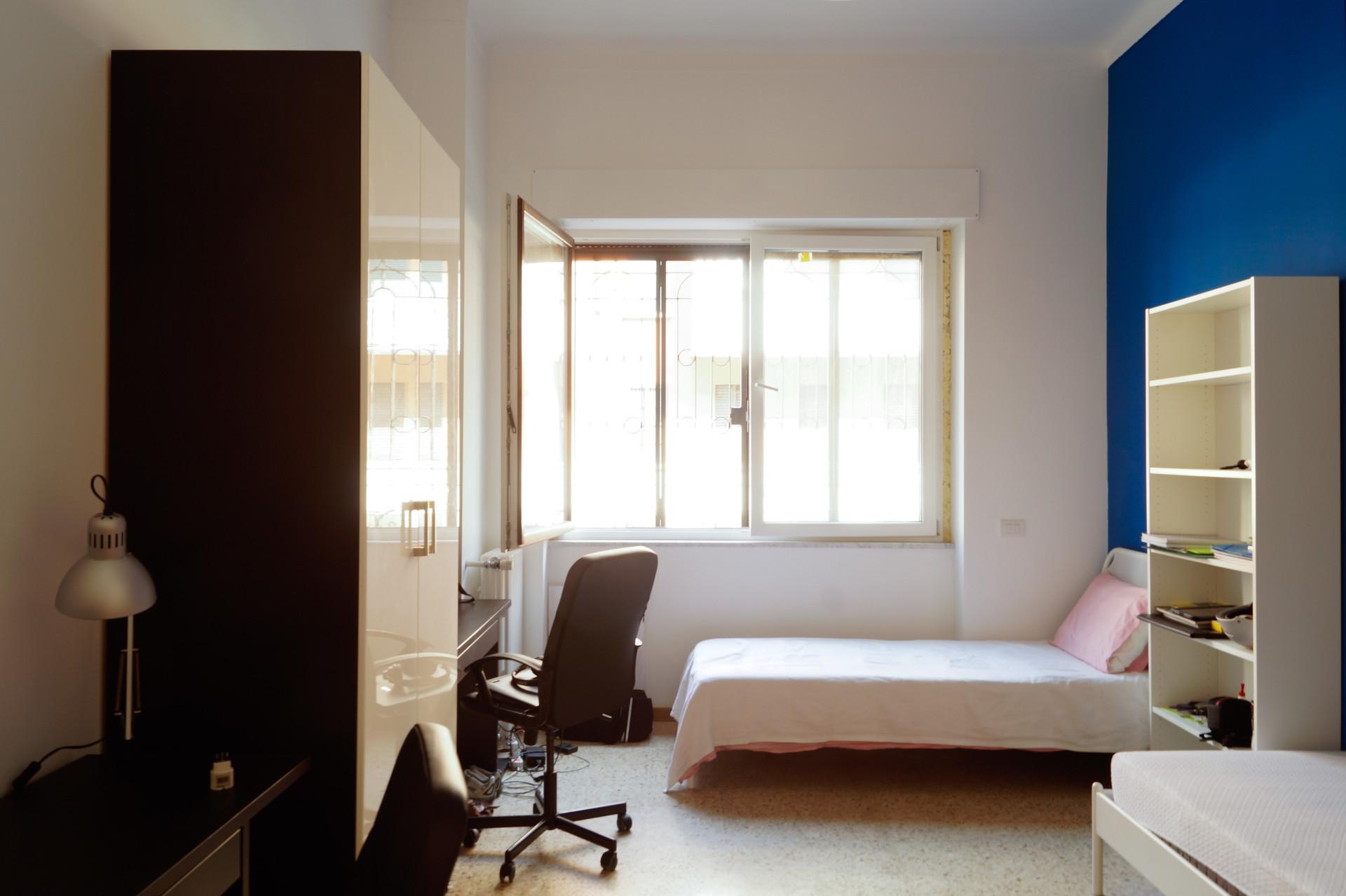 Posto letto in bellissima stanza doppia stanza in - Posto letto parma ...