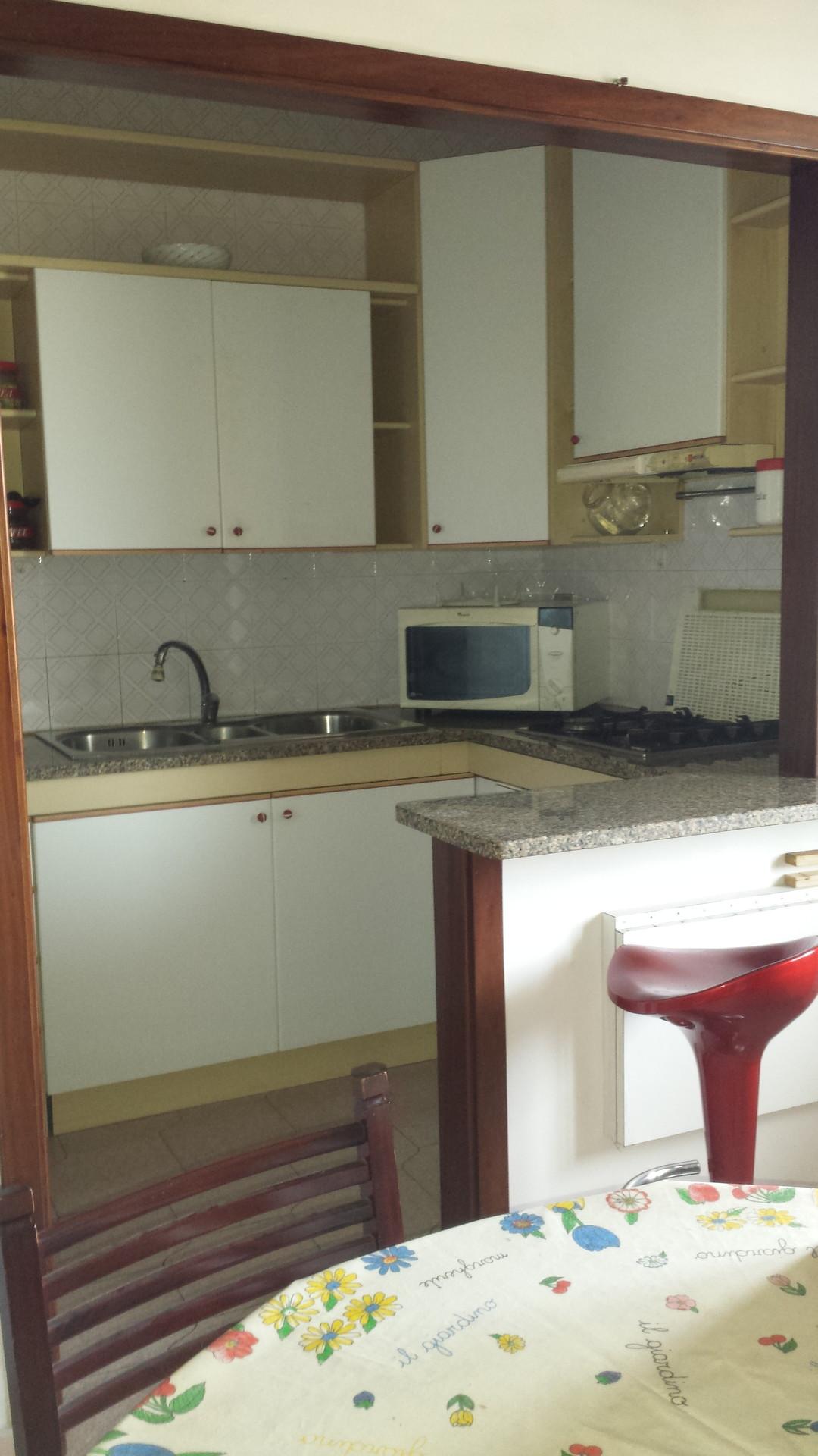 Camera singola stanze in affitto cagliari - Camera da letto doppia ...