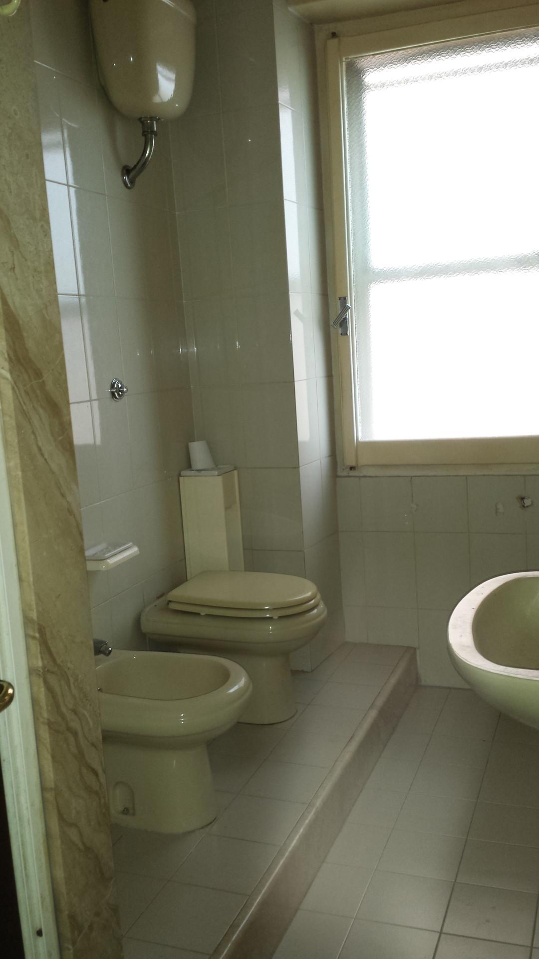 Camera doppia stanze in affitto cagliari for Appartamenti arredati in affitto cagliari