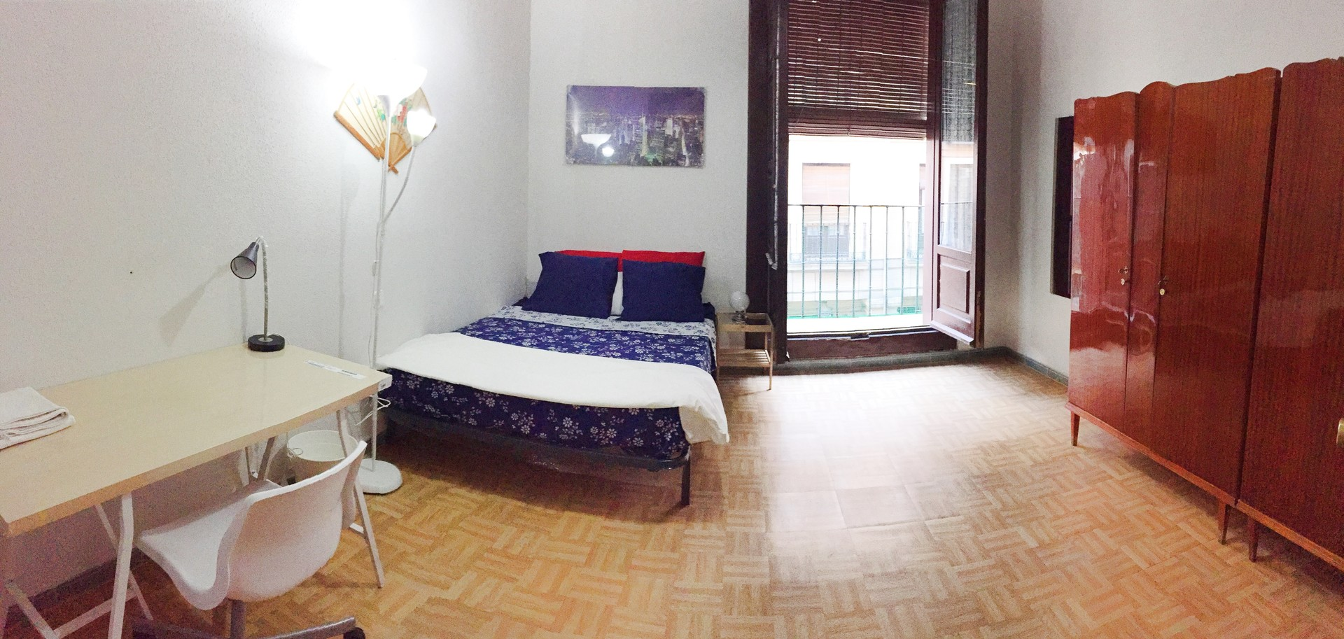 Amazing room in the center of madrid plaza mayor for Alquiler habitacion plaza espana madrid