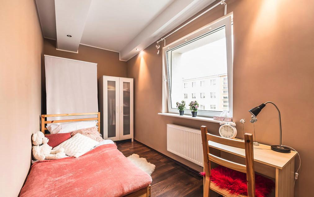 pretty-room-rent-gdynia-78b45feacfb83a115184644444c44bf8