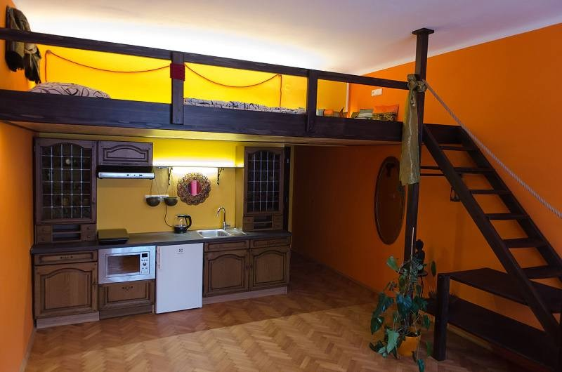 ... Private Apartment In Prague 2 ...