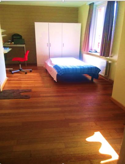 private-room-bathroom-summer-leuven-9a53c53d27f9b228de14edb99d87af5e