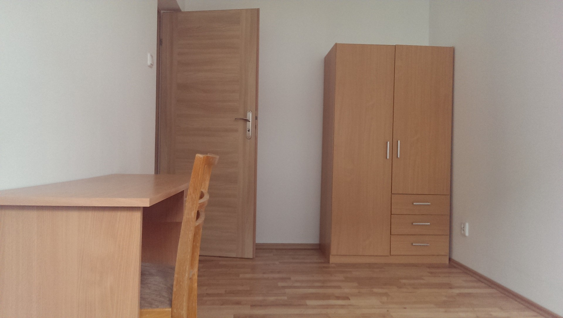private-room-new-building-f986b4b5ebb31e
