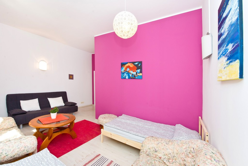 Advertise Room To Rent In Europe