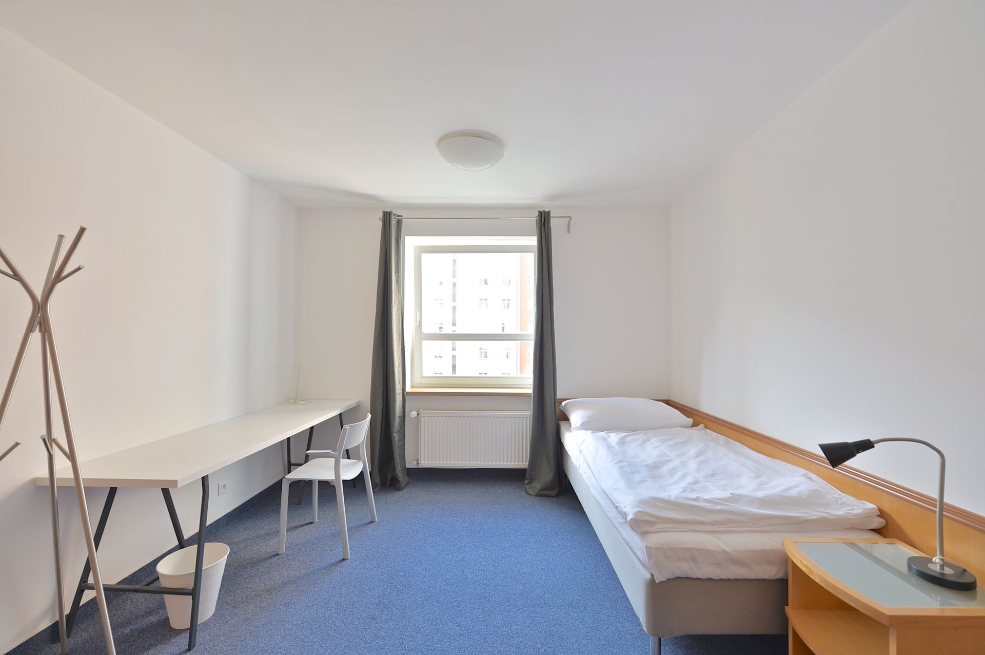 single parent student accommodation Find accommodation for international students in new zealand student accommodation includes halls of residence, homestays, boarding & flatting wwwfourcornersconz.