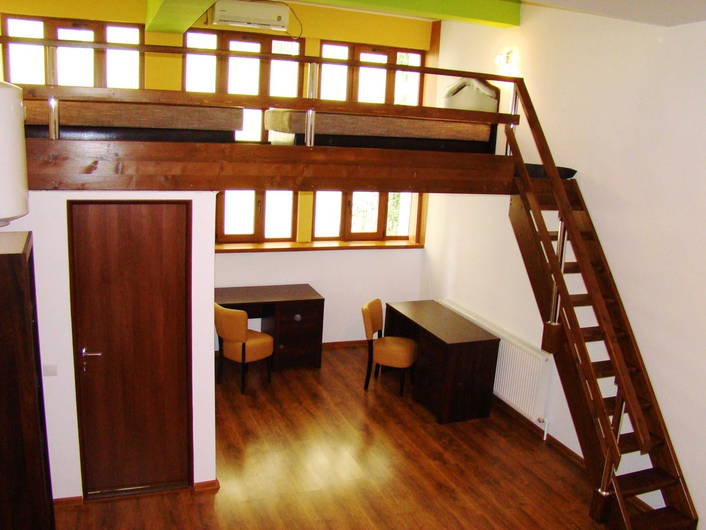 private-student-hostel-check-inn-studios
