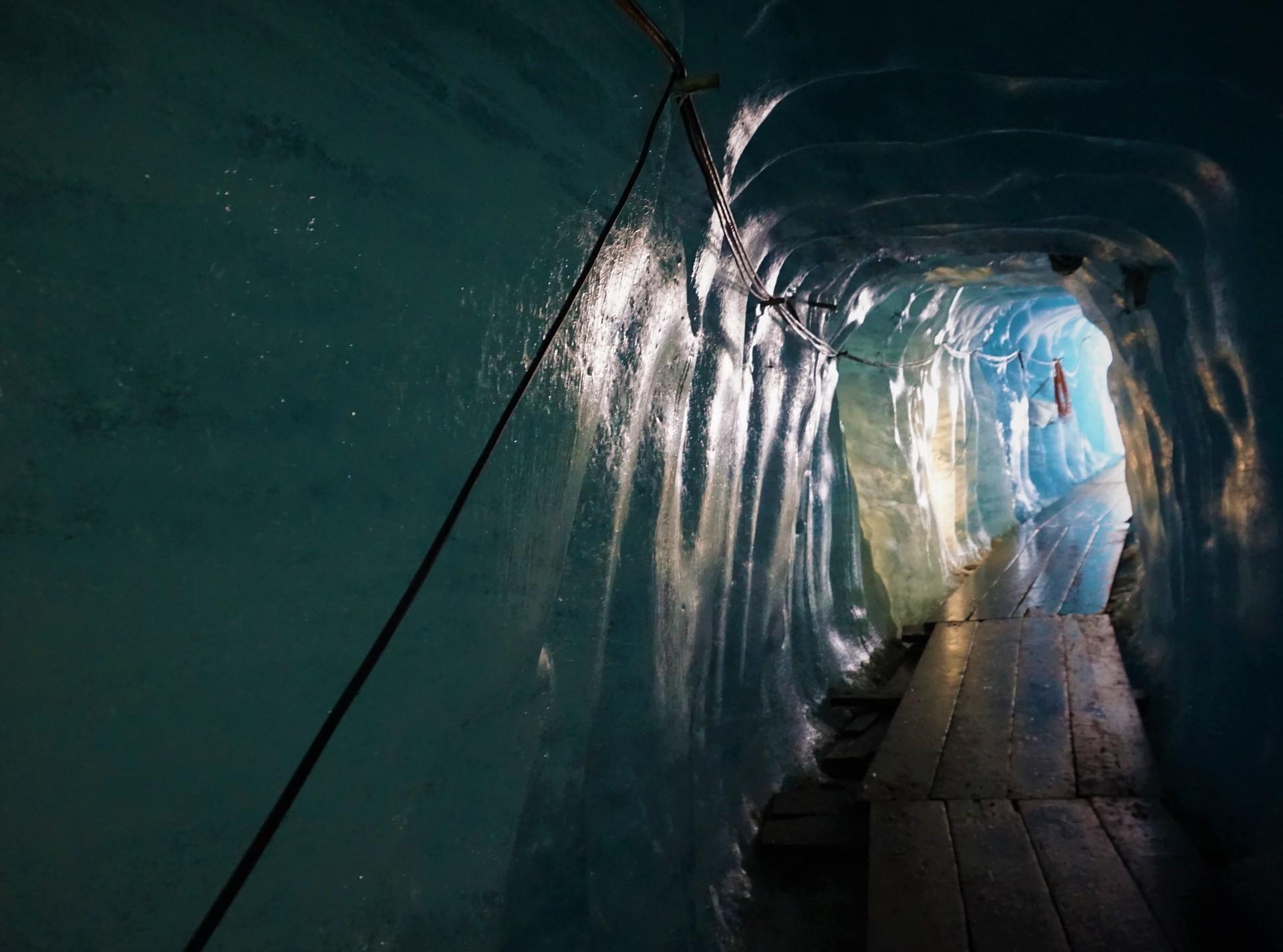 promenade-glace-47a9d9be75a20732e681f0d6