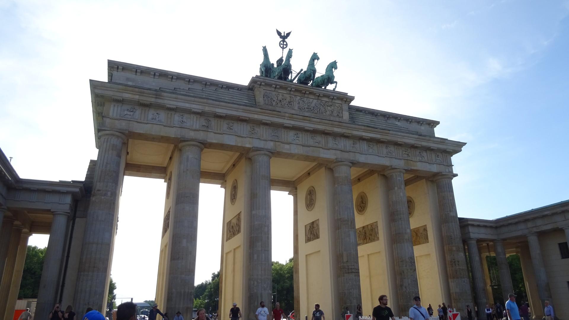 puerta-brandemburgo-60c61e2e3579437e4eb0