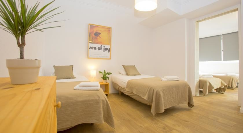 quad-room-dorm-8-persons-e066873a331167a