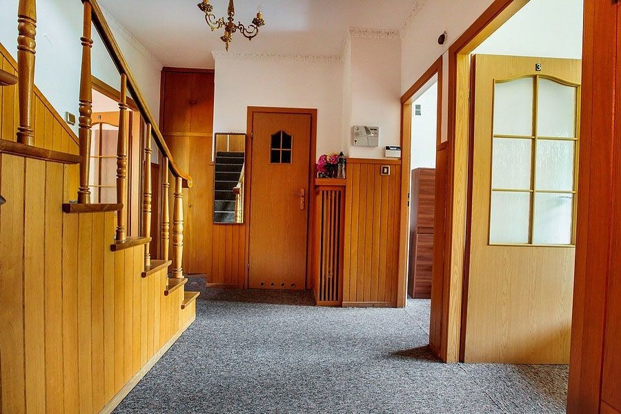 Quadruple room for girls, dormitory close to Lazarski university