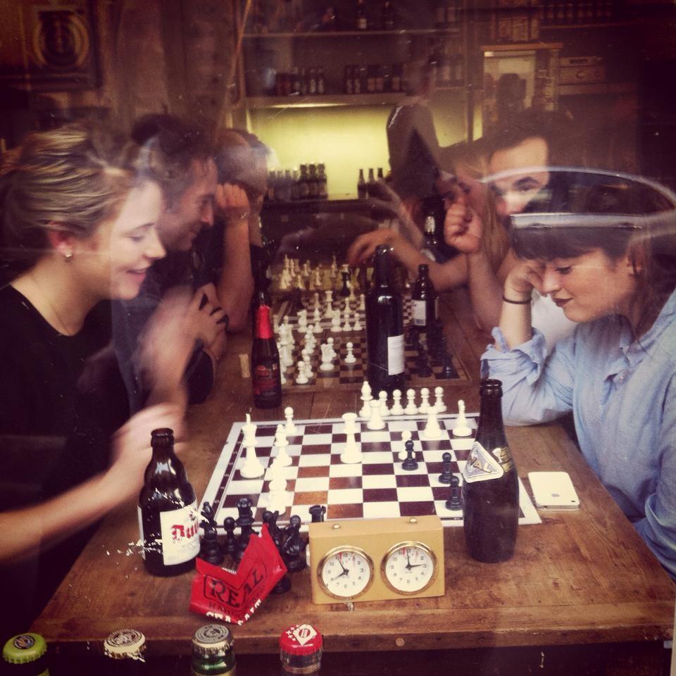 Quartier Pigalle: een uniek schaakcafé & Sacré Coeur & Marche des Enfants Rouges