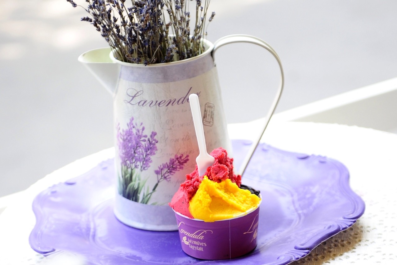 queen-ice-cream-ab02c5941310e08c223516a6