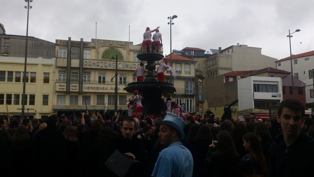 queima-das-fitas-porto-a-week-festival-t