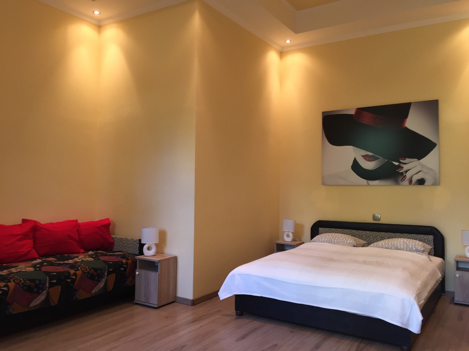 Quiet One Bedroom Apartment in Budapest 2. District close to Mam